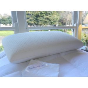 THE CLASSIC PILLOW - 33% off retail price.   Medium profile, most popular, Talalay all natural latex.